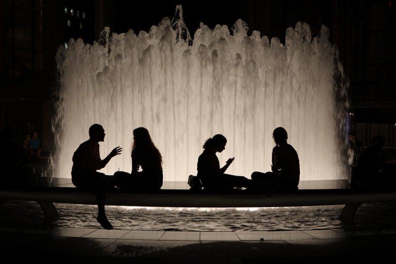fountain-2041457_960_720